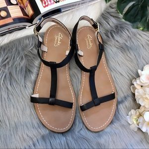 Clarks | Sunset Black Strappy Flat Sandals